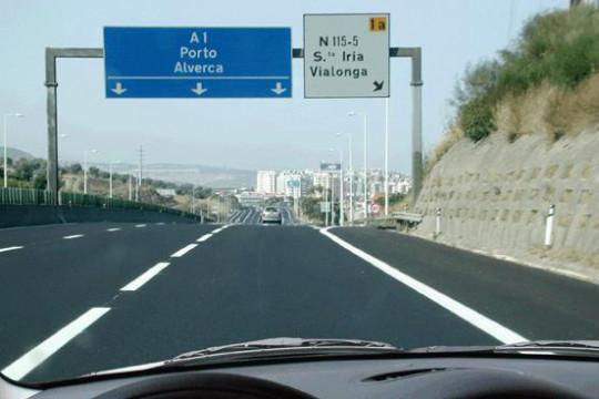 Neste local, qual é a velocidade máxima permitida?